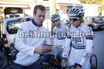 Argos Shimano femminile 2013 - 10-01-2013 - Altea Hills - Cees-Jan v.d. Zweep talking - Amy Pieters(Argos Shimano) - foto Wessel van Keuk/BettiniPhoto©2013
