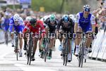 Scheldeprijs 2017 - 105th Edition - Mol - Schoten 202 km - 05/04/2017 - Marcel Kittel (GER - QuickStep - Floors) - Elia Viviani (ITA - Team Sky) - Nacer Bouhanni (FRA - Cofidis) - photo Nico Vereecken/PN/BettiniPhoto©2017