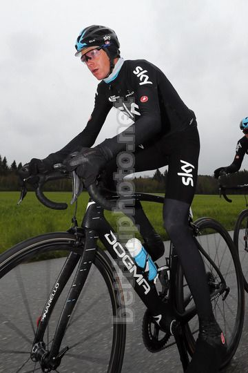 Tour de Romandie 2017 - 2nd stage Champery - Bulle 136.5 km - 27/04/2017 - Christopher Froome (GBR - Team Sky) - Photo Luis Angel Gomez/BettiniPhoto©2017
