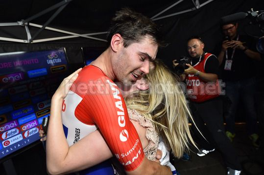 Giro d'Italia 2017 - 100th Edition - 21th stage  Monza - Milano 29,8 km - 28/05/2017 - Tom Dumoulin (NED - Team Sunweb) and his wife - Photo Dario Belingheri/BettiniPhoto©2017