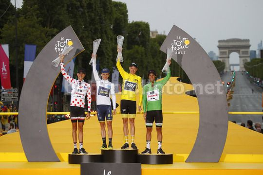 Tour de France 2017 - 104th Edition - 21th stage Montgeron - Paris 103 km - 23/07/2017 - Warren Barguil (FRA - Team Sunweb) - Simon Yates (GBR - ORICA - Scott) - Christopher Froome (GBR - Team Sky) - Rigoberto Uran (COL - Cannondale - Drapac) - Photo Luca