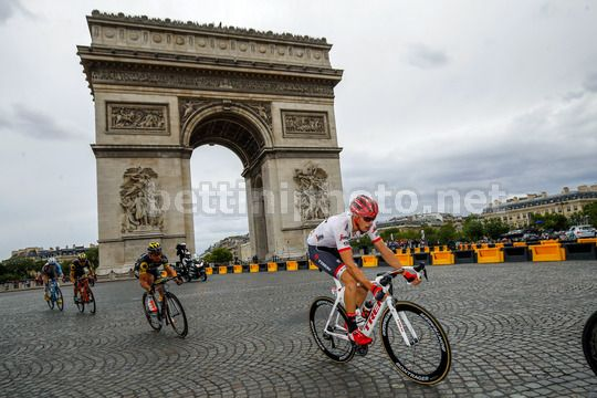 Tour de France 2017 - 104th Edition - 21th stage Montgeron - Paris 103 km - 23/07/2017 - Michael Gogl (DEN - Trek - Segafredo) - Photo Luca Bettini/BettiniPhoto©2017