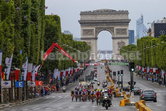 Tour de France 2017 - 104th Edition - 21th stage Montgeron - Paris 103 km - 23/07/2017 - Scenery - Arc du Triomphe - Champs Elysee - Photo Luca Bettini/BettiniPhoto©2017