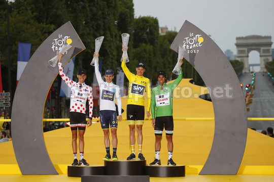 Tour de France 2017 - 104th Edition - 21th stage Montgeron - Paris 103 km - 23/07/2017 - Warren Barguil (FRA - Team Sunweb) - Simon Yates (GBR - ORICA - Scott) - Christopher Froome (GBR - Team Sky) - Michael Matthews (AUS - Team Sunweb) - Photo Luca Betti