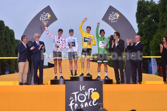 Tour de France 2017 - 104th Edition - 21th stage Montgeron - Paris 103 km - 23/07/2017 - Warren Barguil (FRA - Team Sunweb) - Simon Yates (GBR - ORICA - Scott) - Christopher Froome (GBR - Team Sky) - Michael Matthews (AUS - Team Sunweb) - Photo TDW/Bettin