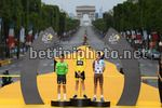 Tour de France 2017 - 104th Edition - 21th stage Montgeron - Paris 103 km - 23/07/2017 - Christopher Froome (GBR - Team Sky) - Rigoberto Uran (COL - Cannondale - Drapac) - Romain Bardet (FRA  - AG2R - La Mondiale) - photo POOL Franck Faugere/BettiniPhotoÂ