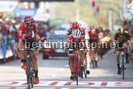 Vuelta Espana 2017 - 72th Edition - 19th stage Caso - Gijon 149.7 km - 08/09/2017 - Thomas De Gendt (BEL - Lotto Soudal) - Jarlinson Pantano (COL - Trek - Segafredo) - photo Luis Angel Gomez/BettiniPhoto©2017