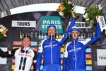 Paris - Tours 2017 - 111th Edition - Brou - Tours 234,5 km- 08/10/2017 - Matteo Trentin (ITA - QuickStep - Floors) - Soren Kragh Andersen (DEN - Team Sunweb) - Niki Terpstra (NED - QuickStep - Floors) - photo Vincent Kalut/PN/BettiniPhoto©2017