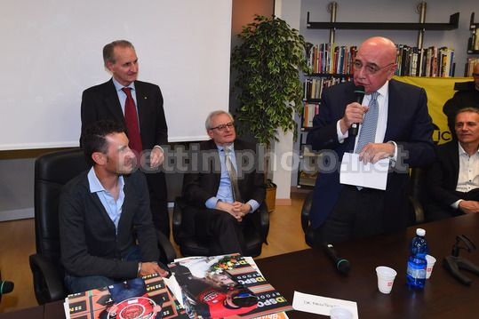 Vincenzo Nibali at the Museum of Ghisallo 2018 - Museo del Ghisallo - 20/02/2018 - Vincenzo Nibali (ITA - Bahrain - Merida) - Antonio Molteni - Adriano Galliani - Photo Dario Belingheri/BettiniPhoto©2018