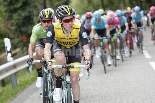 Tour de Romandie 2018 - 72th Edition - 1st stage Friburg - Delemont 166,6 km - 25/04/2018 - Steven Kruijswijk (NED - Team LottoNL - Jumbo) - Primoz Roglic (SLO - Team LottoNL - Jumbo) - Photo Luis Angel Gomez/BettiniPhoto©2018