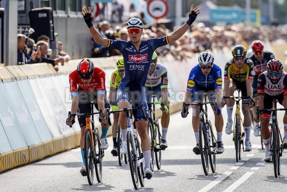 La vittoria di Merlier nella prima frazione del Benelux Tour (foto Bettini)