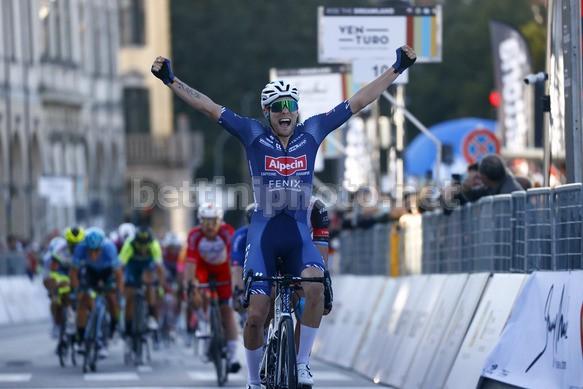 Meurisse si impone nel ritrovato Giro del Veneto (foto Bettini)