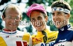 Greg Lemond sul podio del Tour de France con Fignon e Delgado